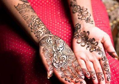 New-Mehndi-Designs-Hands